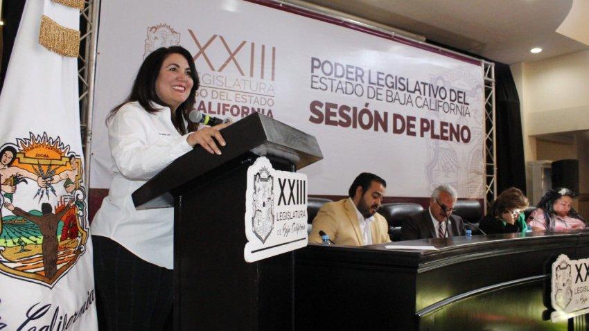 Miam Cano en el congreso de Baja California San Quintin sexto