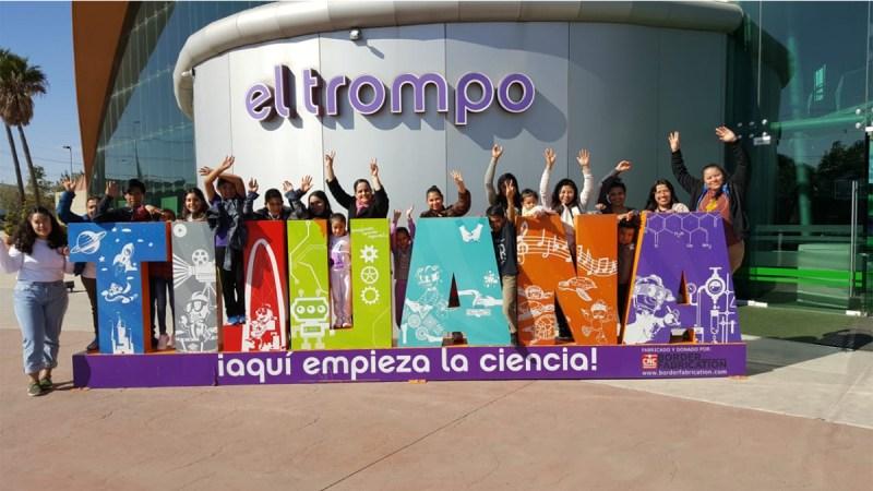 Niños migrantes visitan museo interactivo en Tijuana