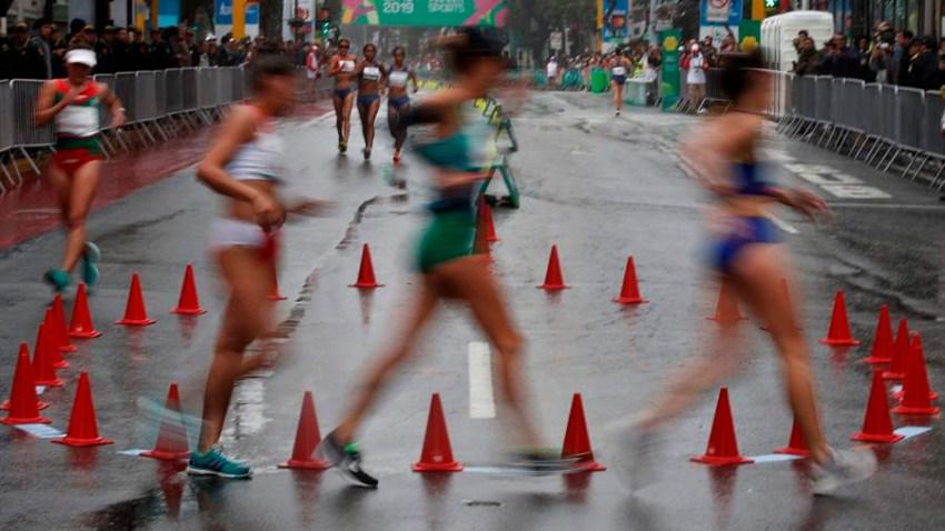 Foto de archivo muestra a mujeres en una carrera.