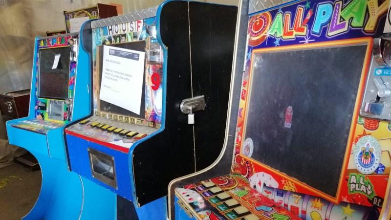 Decomisan máquinas tragamonedas en Tijuana