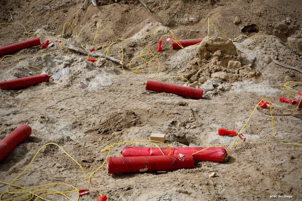 explosivos en la arena
