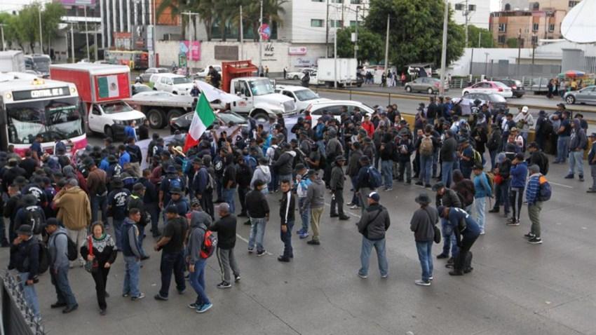 mexico-policias-protesta-bloqueos
