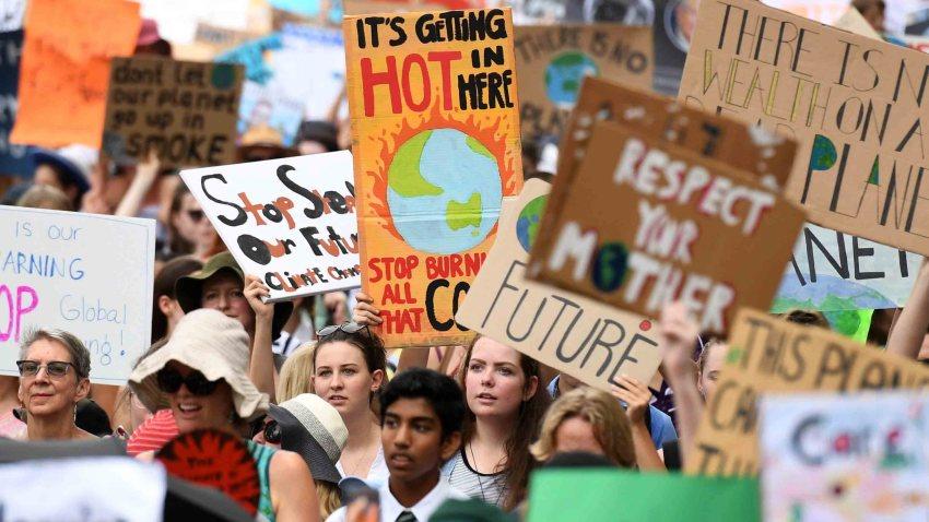 Estudiantes australiano protagonizan una huelga climática para