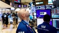 El coronavirus asusta a los inversionistas y Wall Street cae en picada