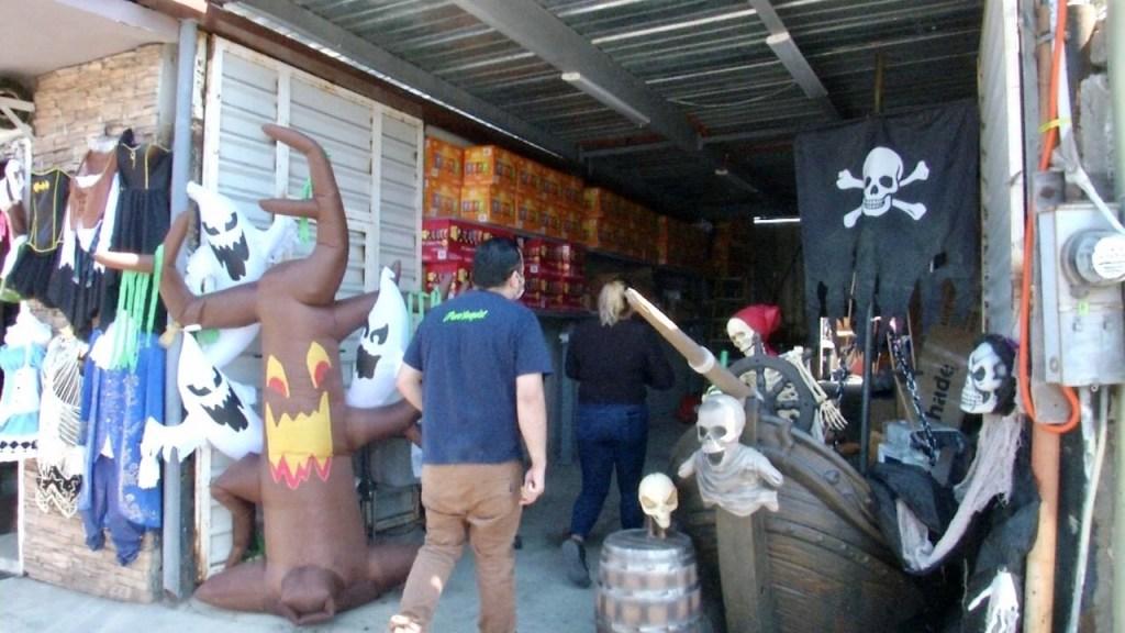 Venta de disfraces de Halloween en Tijuana