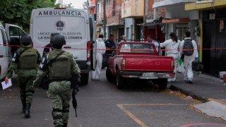 Elementos de Guardia Nacional llegan a bar que fue atacado