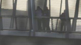 arresto en el puente peatonal de San Ysidro