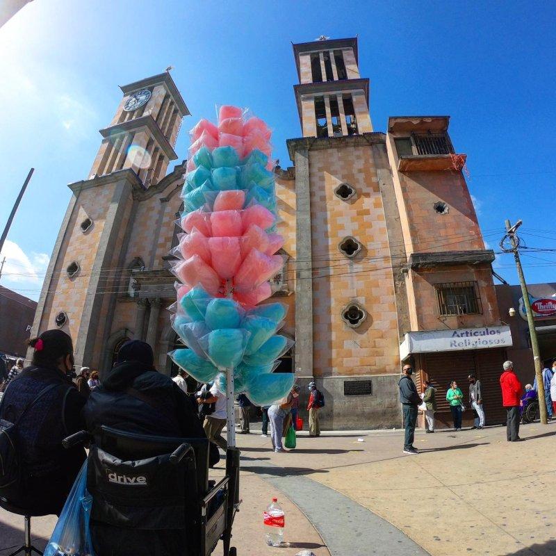 Feligreses conmemoran el Miércoles de Ceniza en Tijuana durante la pandemia