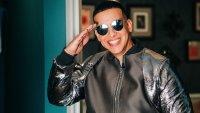 Daddy Yankee posa con Vida Isabelle, la hija de Natti Natasha y Raphy Pina