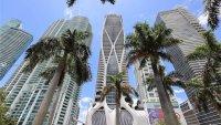 Nicky Jam compra lujoso apartamento en rascacielos de Miami