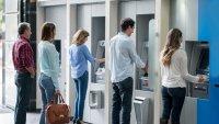 Abren la puerta a posible opción bancaria pública en California
