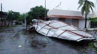 Rick se disipa sobre México pero sus remanentes seguirán dejando lluvias